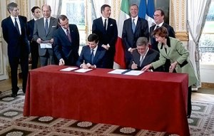 Lyon-Turin Project Signing of agreement between France and Italy