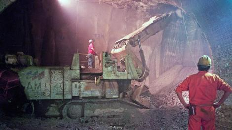 Excavation_Channel_Tunnel